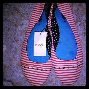 Rue 21 Slip on Stripe Flats Shoes Nwt 8/9